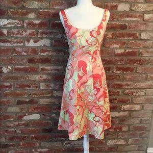TAHARI Crisp Summer Dress with Mod Tropical Print